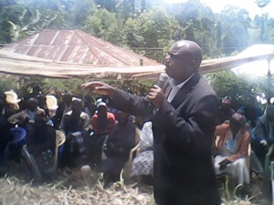 Brother Javan sharing Divine Truth at funeral